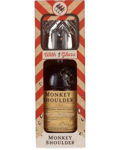 Monkey Shoulder Met Glas