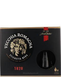 Vecchia Romagna Etichetta Nera Giftset